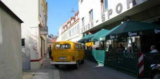 VW Bulli - From Vienna with Love