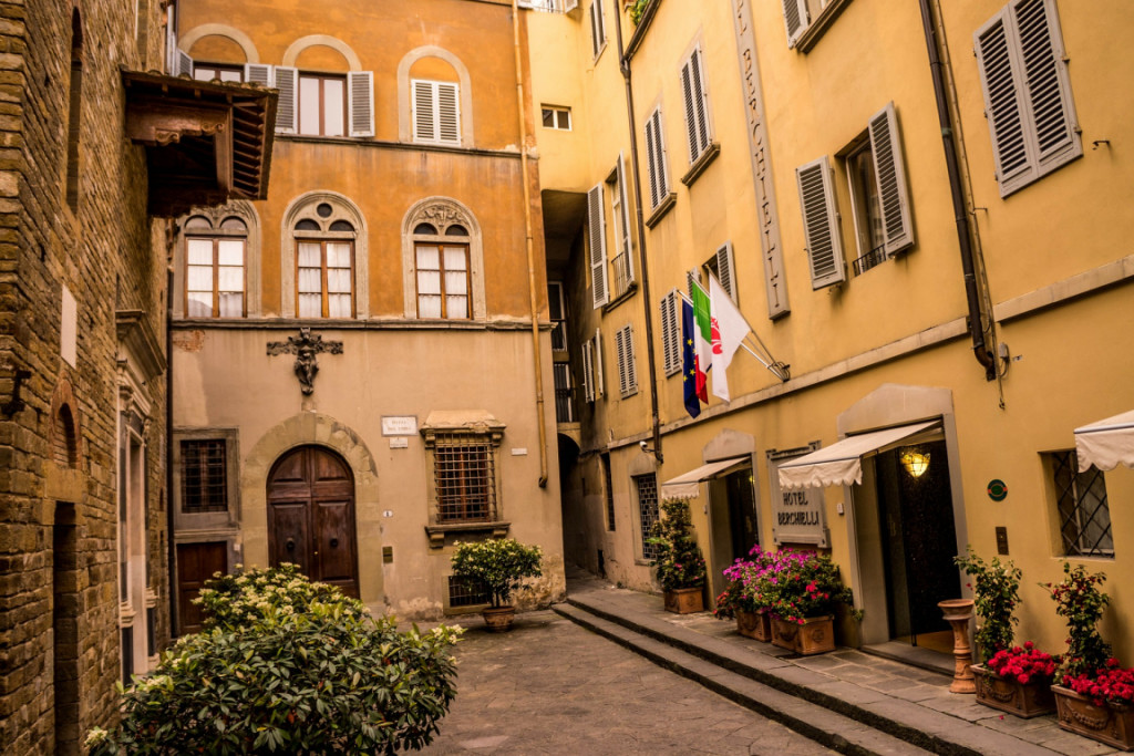 Cheap but Chic: Budget Hotels in Florence - Travel Dudes