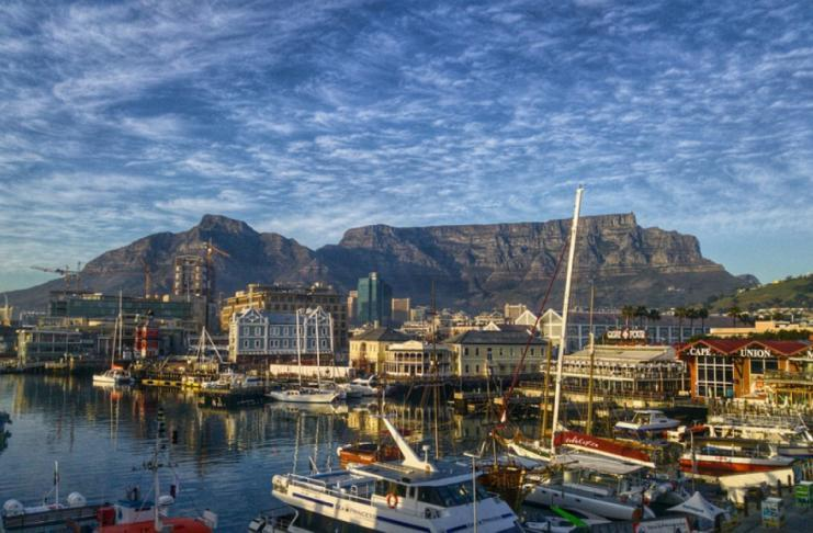 V&A Waterfront for souvenirs in Cape Town