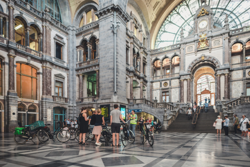 What to do in Antwerp - bicycle tours