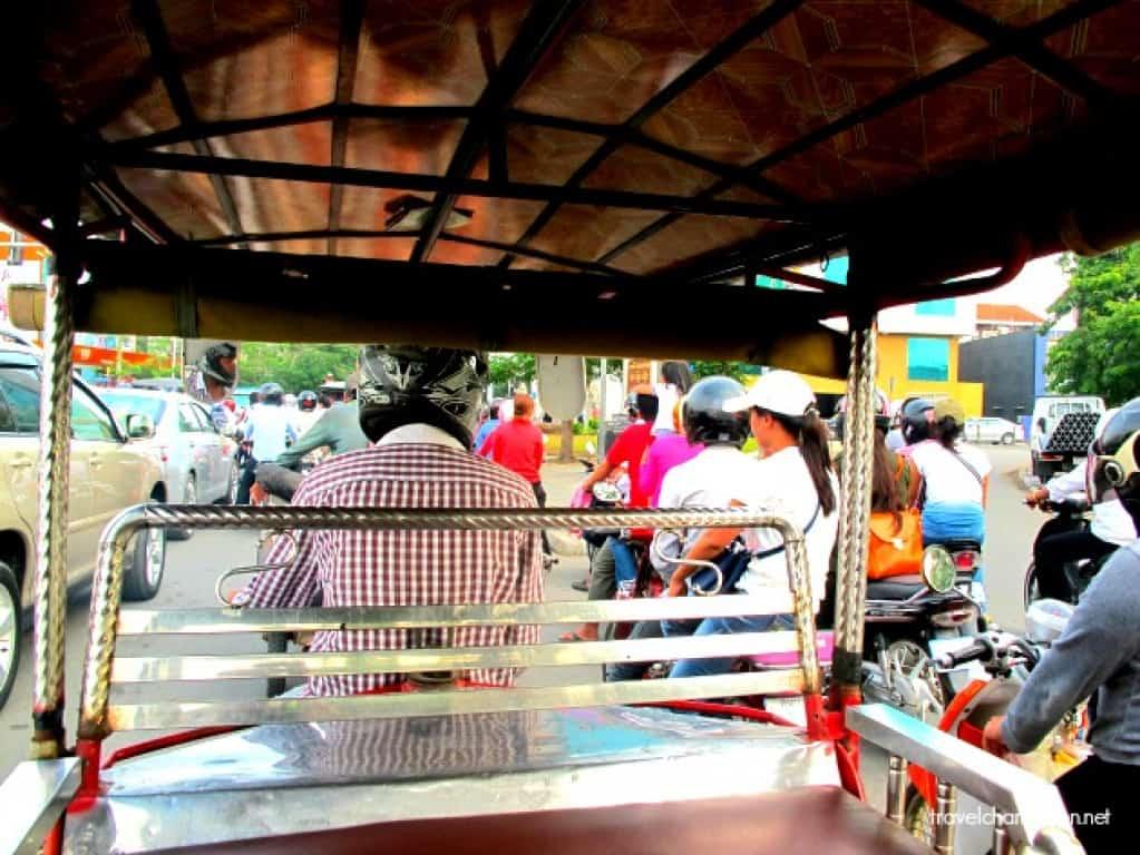 Tips on Hailing a Tuk Tuk in Cambodia
