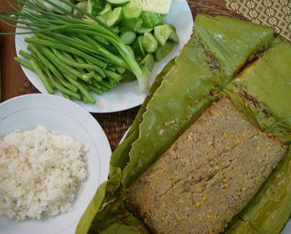 Traditional Cambodian food
