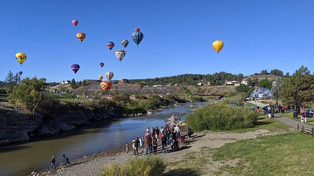 A hot air balloon ride over San Juan River in Pagosa Springs