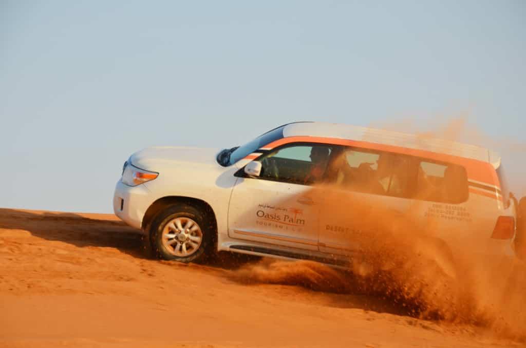 Traditions in Dubai - join a safari tour