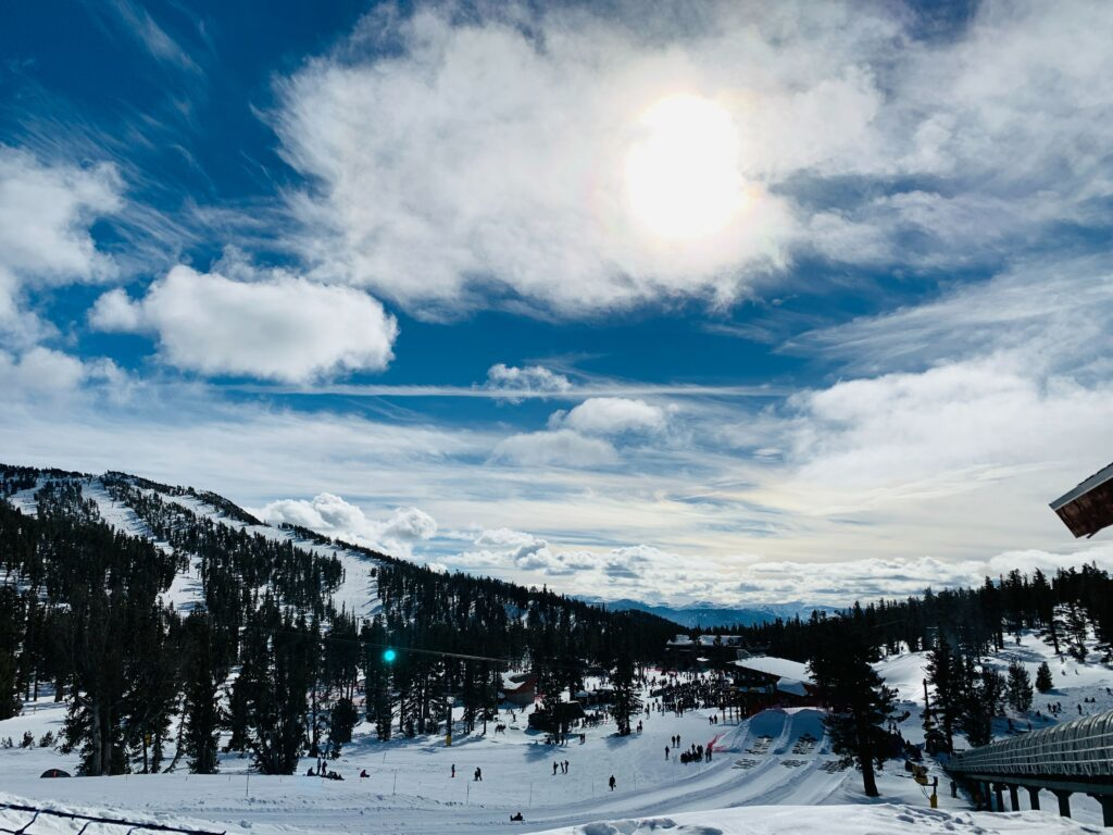 Ski resorts in Lake Tahoe - Heavenly Mountain Resort