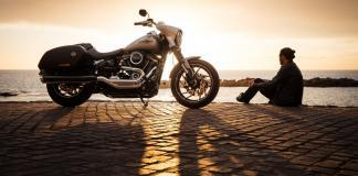 Safety tips for renting a motorbike while traveling