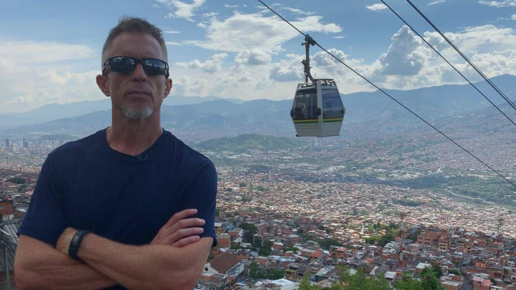 Exploring more Medellin neighborhoods on the Metro Cable