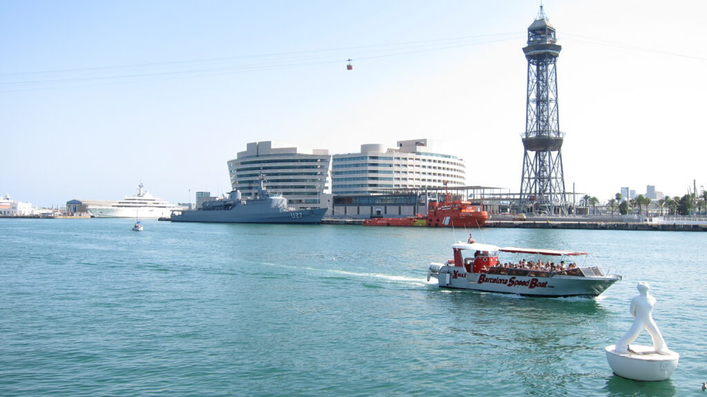 Water sports in Barcelona - sailing