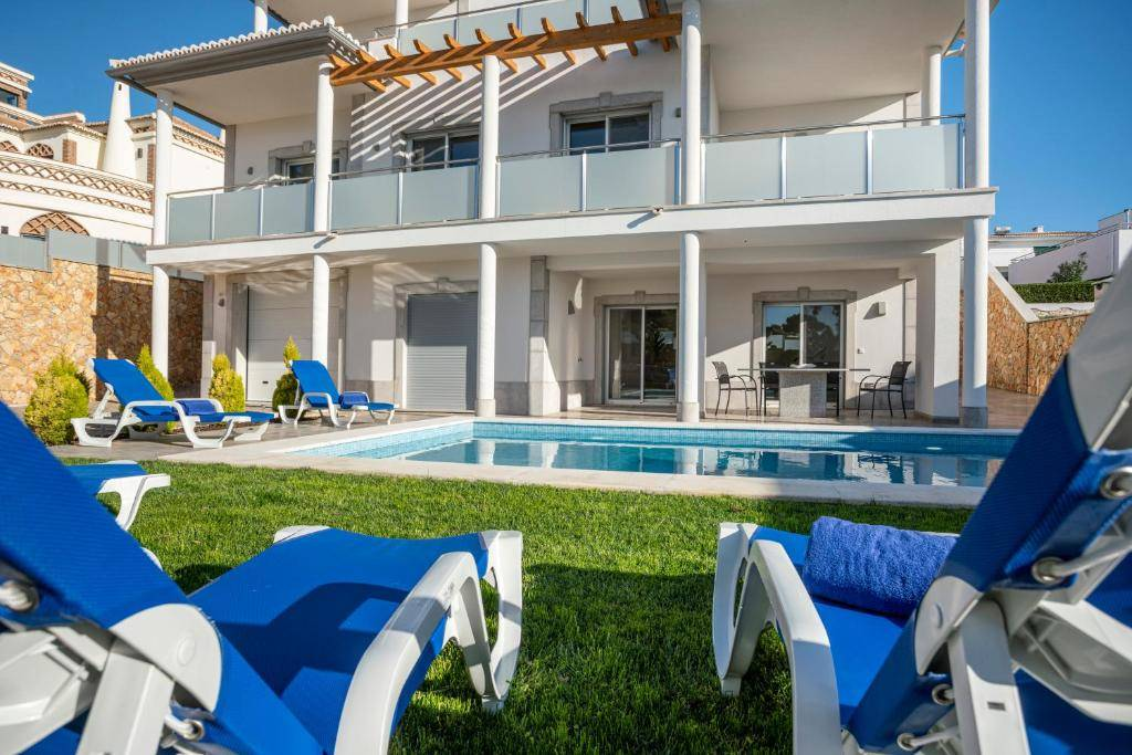 Luxury Vau Beach Villa in Portimao, Algarve