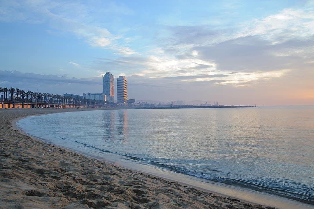 Sant Sebastià - unofficial nude beach in Barcelona